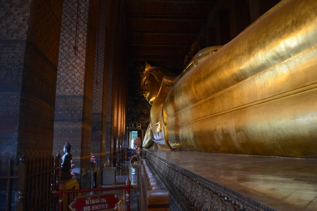 The reclining Buddha - 46m long and 15m high